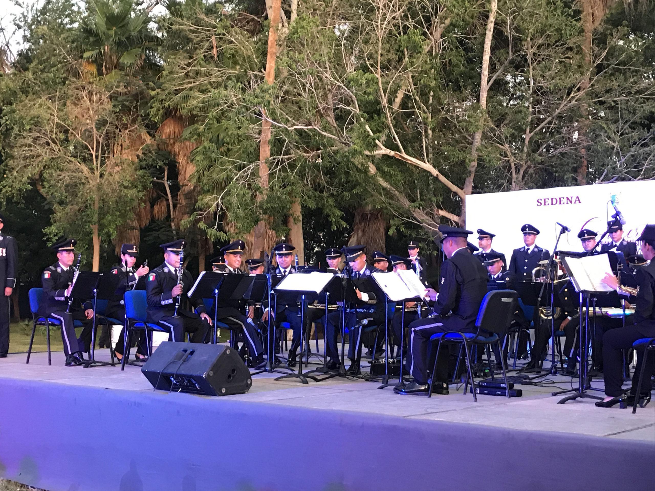 📹Gran presentación de Banda de Música Militar en el Jardín Botánico BFJ
