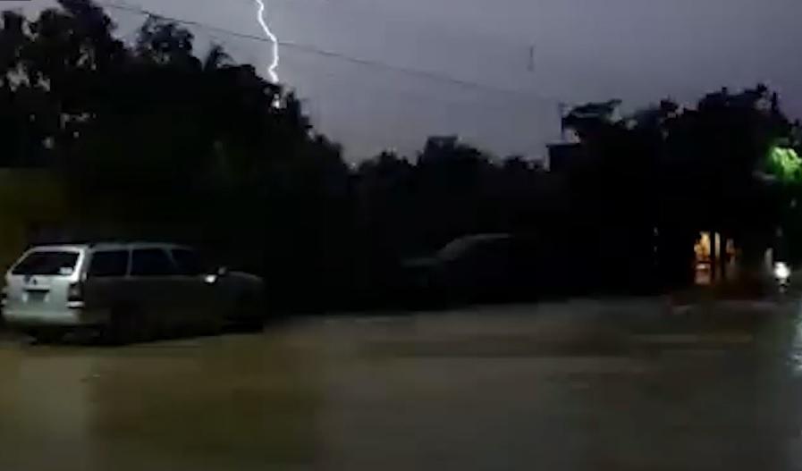 CFE restablece 97% de energía eléctrica en área afectada por lluvia del centro y norte de Sinaloa