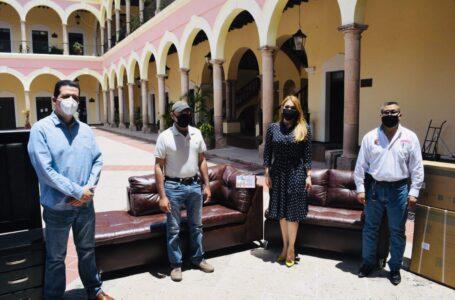 Premian a docentes en El Fuerte