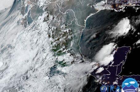 Topolobampo, cerrado a la navegación por Hernán, se pronostican lluvias para las próximas horas