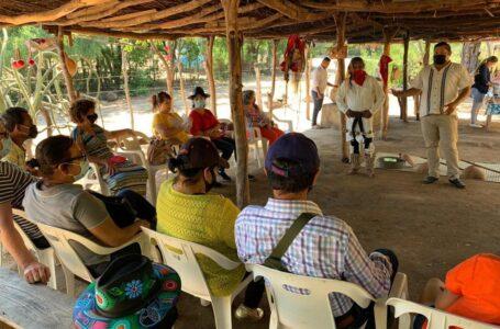 """Llegan turistas de """"Viajando Puro Sinaloa"""" al pueblo mágico de El Fuerte"""