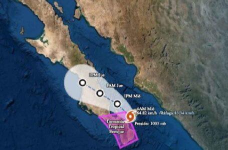 Enrique seguirá ocasionando lluvias en Sinaloa, por tocar tierra esta noche