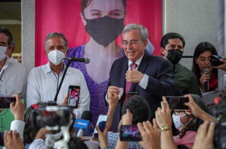 """""""Tenemos que estar juntos para transformar a Sinaloa"""", llama Rocha Moya a la unidad"""