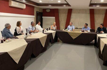 Acuerda Gerardo Vargas con Intercamaral programa de obras para primeros 60 días